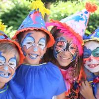 Et pourquoi pas un atelier maquillage pour l'anniversaire de votre enfant ?